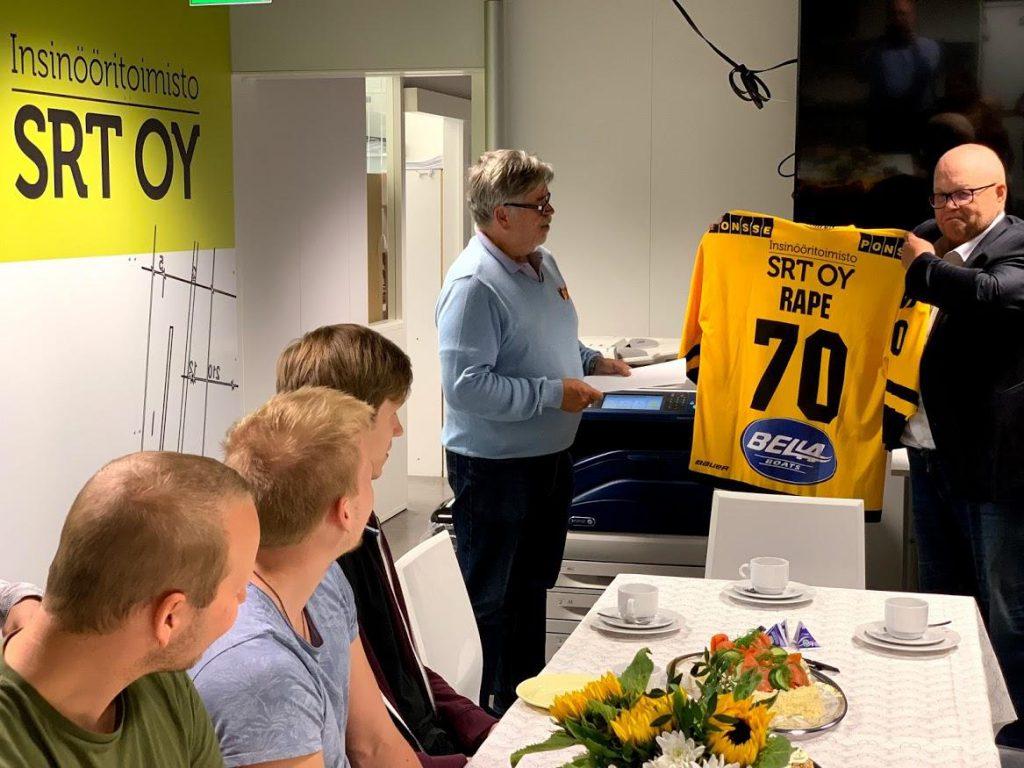 Rauno Pulkkasen 70-vuotiskahvit juotiin 7.8.2019.